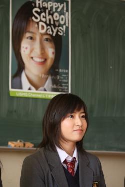 成人迎える南沢奈央、今後の目標は「すっぴんを卒業して大人の女性に ...