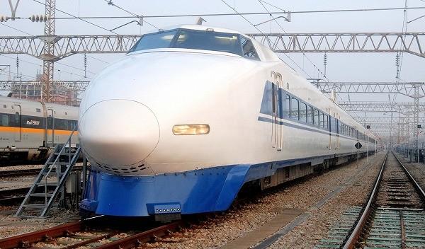山陽新幹線100系、3/14で定期運転終了 - 3/16に100系&300系最終列車を ...