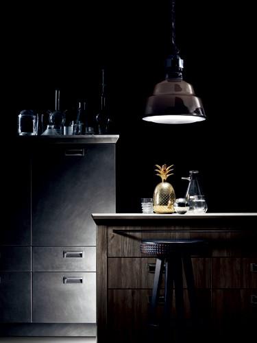高級感あふれる、家具のようなキッチンラインを発表―Diesel