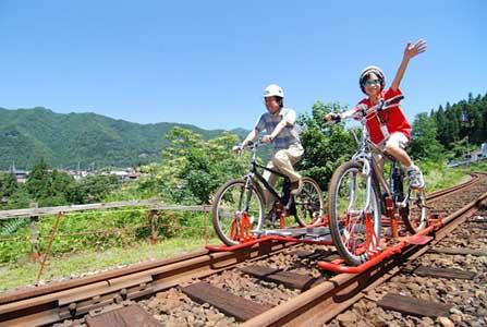 岐阜県飛騨市、廃線した鉄路 ...