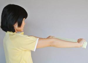 「両手に タオルを持つ」の画像検索結果
