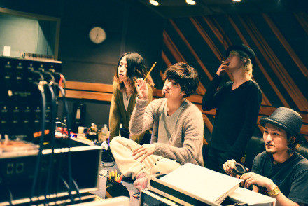 ONE OK ROCKがニューアルバム『...