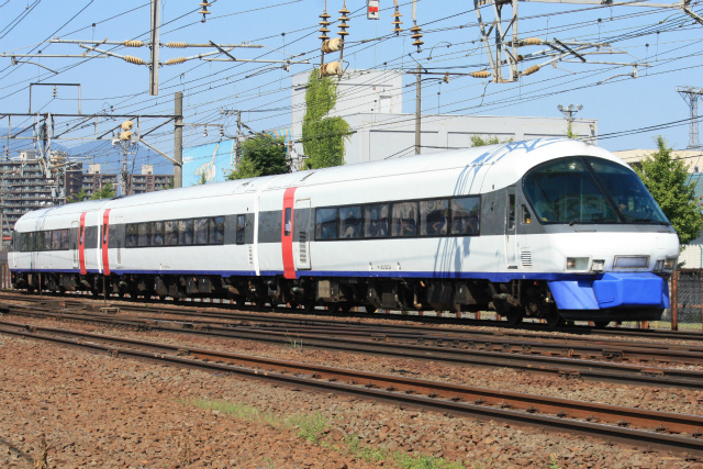 JR北海道が8月の運転計画発表、相次ぐ事故でリゾート列車使用の臨時特急も