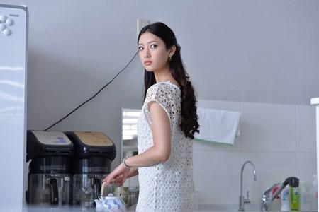 """菜々緒、誰もが憧れる""""白ゆき姫""""役で銀幕デビュー! 「とても光栄」"""