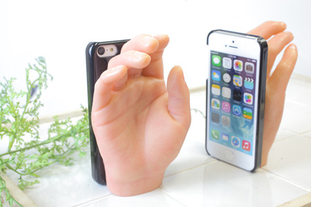 f677857d09 女性の手の形をした立体的なiPhoneケース発売 -