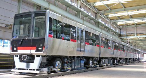 横浜シーサイドライン2000型新造...