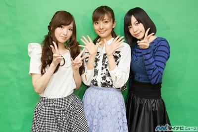 (写真左より)佳村はるか、沼倉愛美、諏訪彩花