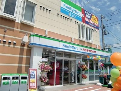 千葉県松戸市にカラオケと一体になったファミリーマートが ...
