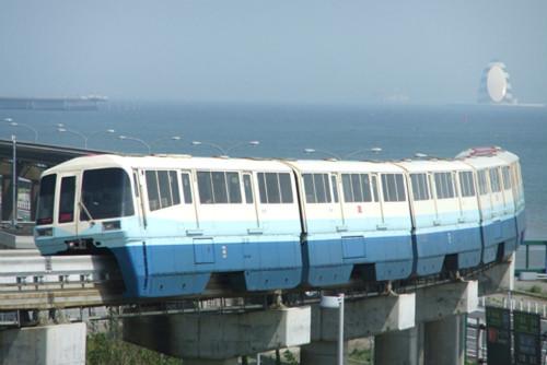 東京モノレール、開業50周年を記念し歴代塗装6種類でのパレード走行を ...