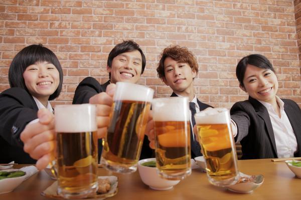 愛知県名古屋市に、相席がコンセプトの婚活応援居酒屋「相席屋」オープン | マイナビニュース