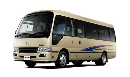 日野自動車は、小型バス「日野リエッセII」を改良して2015年1月13日に発売すると発表した。