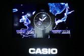 c1007a4ca8 テーマ「Global Time Sync  さぁ、地球精度へ」を掲げた、会場のインスタレーション。暗闇に浮かぶ青く巨大な地球が宇宙空間を思わせる。この地球のどこにいても、正確 ...