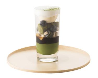 TORAYA CAFE、羊羹や葛プリンを使用した「抹茶のフルーツパフェ」を販売