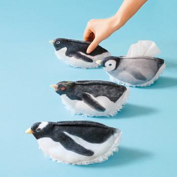 ペンギンがデスクを掃除してくれる卓上クリーナー発売
