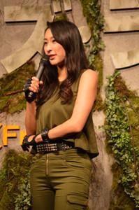 フィギュア・浅田舞がワイルド衣装で現役ばり?のジャンプ披露 , 写真41枚