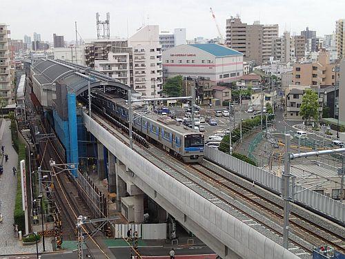 京成押上線京成曳舟駅付近、上下線ともに高架化 - 下り新線は8/22使用開始
