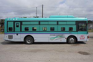 JR北海道は7月1日から、道内9都市で走行する北海道新幹線のラッピングバス・路面電車の写真を撮影して応募するフォトラリーを開催する。参加者全員にPC・スマートフォン用の壁紙が当たるほか、撮影した枚数に応じて賞品が当たるという。