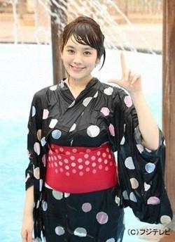 筧美和子が夏服のままビショぬれ! フジ深夜番組で体当たりリモンクレールジャパン 修理ポートに挑戦