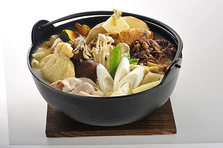 富士急ハイランドに「武田信玄」レストラン誕生! 埋蔵金ほうとうも提供