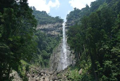 日本 滝 ランキング