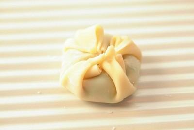 簡単アレンジ!いつもの餃子は包み方を変えるだけで新鮮だよ