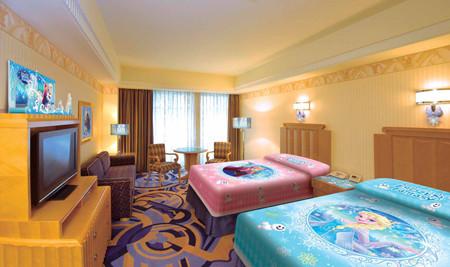ミリアルリゾートホテルズは10月20日、ディズニーアンバサダーホテル(千葉県浦安市)の限定客室「