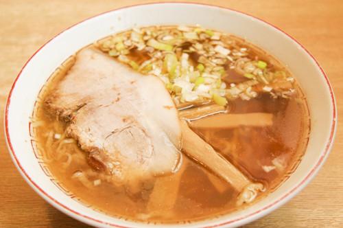 弘前最古と称される「煮干しラーメン」はお酒のあとにもピッタリ