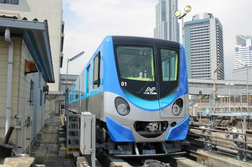 NAVER まとめ大阪南港に登場!ニュートラムの新型車両「200系」がかわいい!