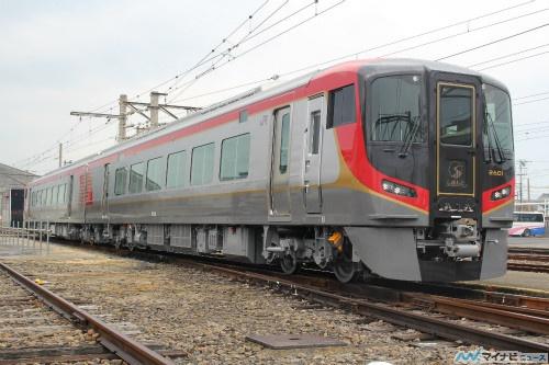 JR四国2600系、新型車両を公開! ...