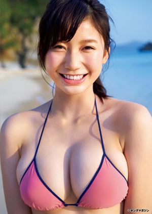 新星・小倉優香がヤンマガでグラビアデビュー - ビキニからこぼれるGカップ   マイナビニュース
