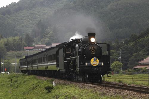 JR西日本「SLやまぐち号」7・8月は14日間運転、現行の客車は8/27で見納めに