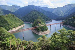 大井川鐵道奥大井湖上駅が第1弾に - 海外のような絶景から手紙でサプライズ