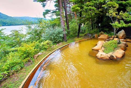喜多方ラーメンの穴場を巡る--裏磐梯は高原リゾートも湖畔の温泉も思う存分