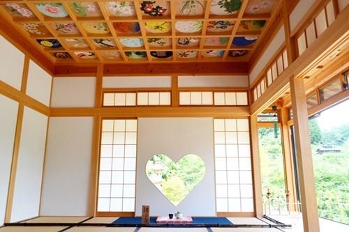 京都「正寿院」に可憐すぎる客殿ができた理由--ハート窓と天井画がある ...