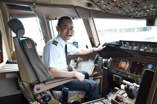 機長の1日」をJALの現役パイロットに聞いてみた--コックピットの日常 ...