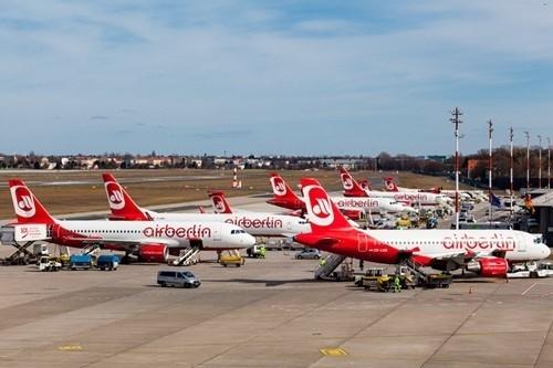 JALも加盟しているアライアンスのワンワールドは10月17日、エア・ベルリンが10月27日に全便の運航を停止することを受け、エア・ベルリンがワンワールドへの参加を中止することを発表した。また、2012年3月にエア・ベルリンとともに加盟したニ...