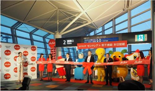 エアアジア・ジャパンは10月29日、中部=新千歳路線の運航を開始した。初便の搭乗率は、中部発のDJ0001便は166人で搭乗率は92.2%、新千歳発のDJ0002便は99人で搭乗率は55%となった。同路線は1日2便、毎日運航する。