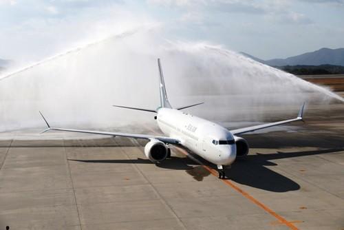 シルクエアー(本社: シンガポール)は10月30日、広島=シンガポール間を結ぶ直行定期便の運航を開始した。同路線はシルクエアーによる日本の都市への定期便就航第一便であり、今回の新規路線により、シルクエアーのネットワークに含まれる就航都市数は...