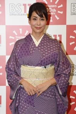 着物を着た内田恭子