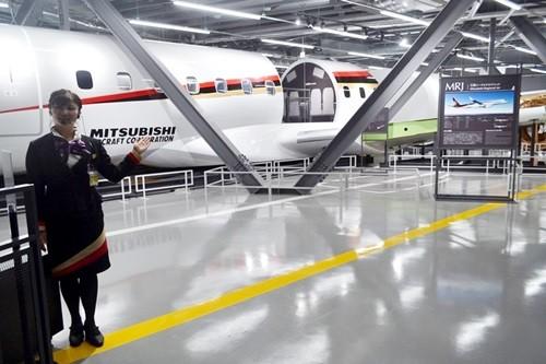 国産初のジェット機「MRJ(三菱リージョナルジェット)」が歩んできた歴史やその構造とともに、MRJが生まれる現場を見る。11月30日、MRJをさまざまな角度から学んで触れる「MRJミュージアム」が誕生する。そのミュージアムは、2年前の201...