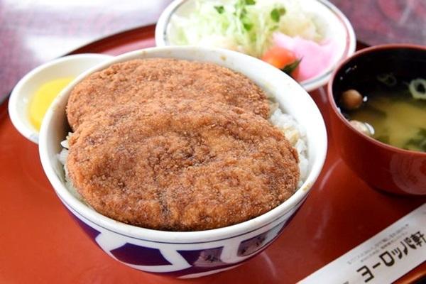 ソースカツ丼かパリ丼か、それとも越前ガニか! 福井グルメで幸福感に浸る