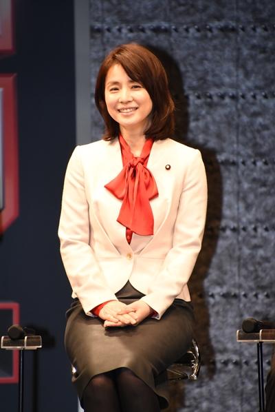 洋服が素敵な石田ゆり子さん