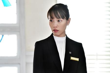 崖っぷちホテル 1話 あらすじ 感想 戸田恵梨香