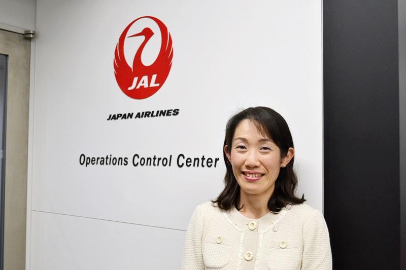 """JALの現役女性ディスパッチャーが""""地上のパイロット""""として日々思うこと"""