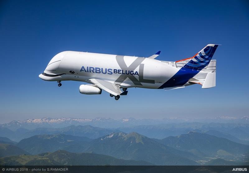 エアバス、ベルーガXLが4時間11分の初飛行--10カ月間・600時間の飛行試験へ