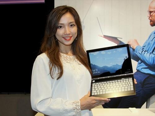 レノボ Yoga新製品を発表 E Ink採用2画面pcやsnapdragon 850搭載pcも マイナビニュース