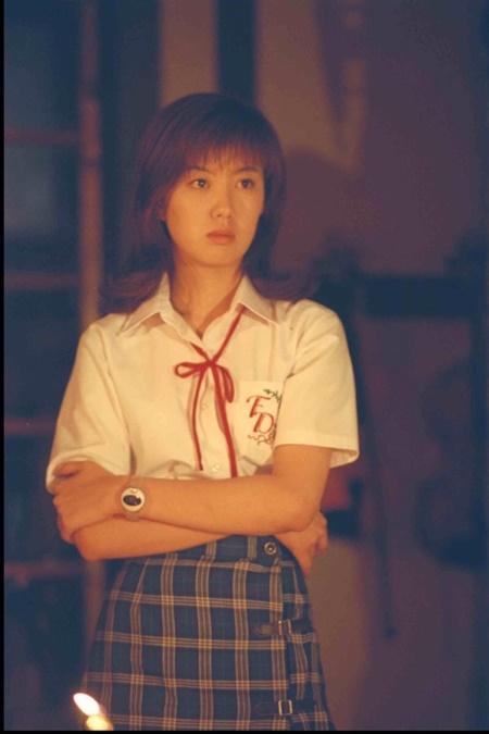 金田一 ともさか りえ ともさかりえの女優という仕事「10代で一番働いていた時のお小遣いは月5000円でした」