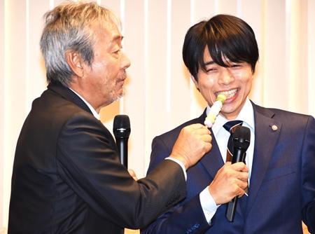 井ノ原快彦、寺尾聰に「おっさんずラブじゃないので…」 | マイナビニュース