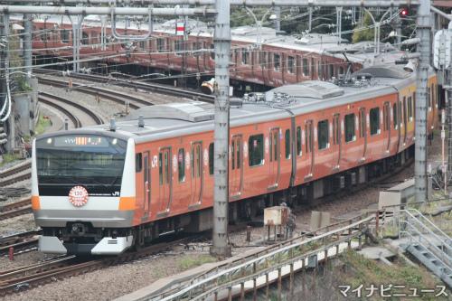 JR東日本E233系、中央線130周年...