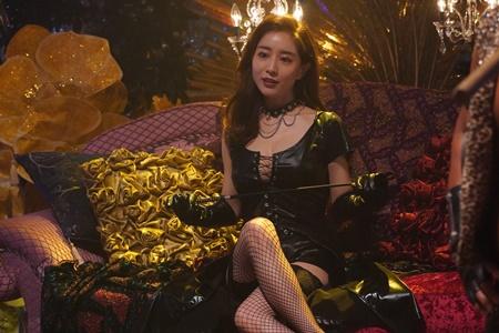 田中みな実『ルパンの娘』でセクシー衣装「これほど露出するとは ...